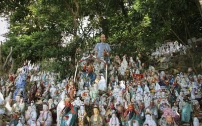 Hong Kong Retiree Builds Pantheon for Abandoned Buddha Statues