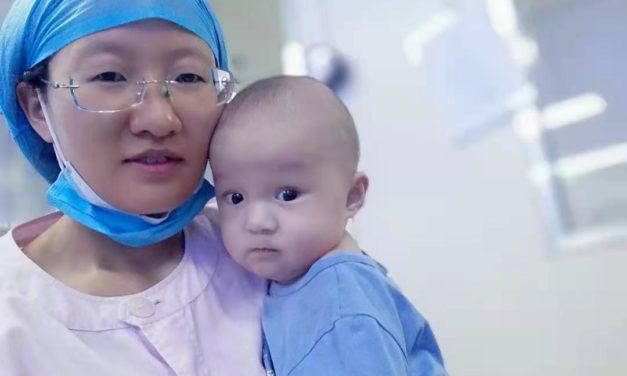 Neonatal nurse spends nights caring for sick babies in Datong